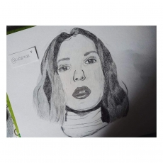 Dessin MILLIE BOBBY BROWN de Cutexxva